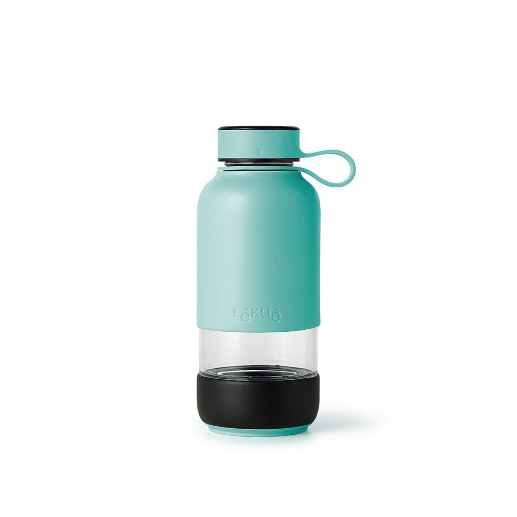 szklana butelka na wodę